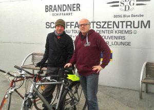 Klaus Otepka und Karl Zauner bei der Schiffsanlegestelle in Krems | Foto: Kurt Lenitz