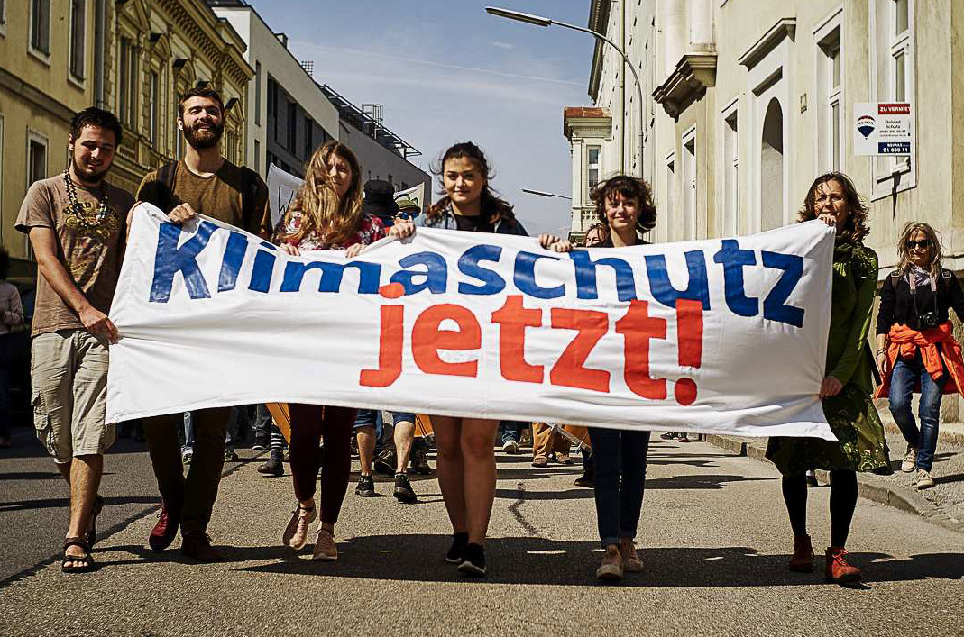 Bild: Marcel Billaudet - Klimademo in Wiener Neustadt