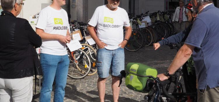 Krems: Radbörsen am Dreifaltigkeitsplatz