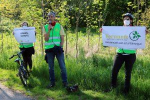 Helmut Buzzi erläutert die Bedeutung des Bodenschutzes